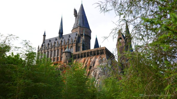 tips on visiting wizarding world of harry potter orlando - hogwarts castle